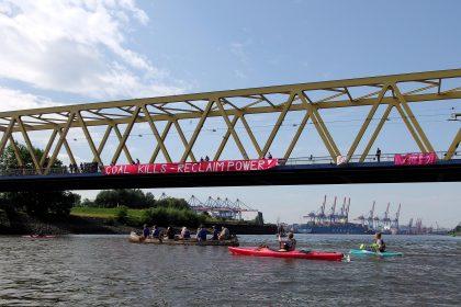 Unterstützung auf der Kattwykbrücke