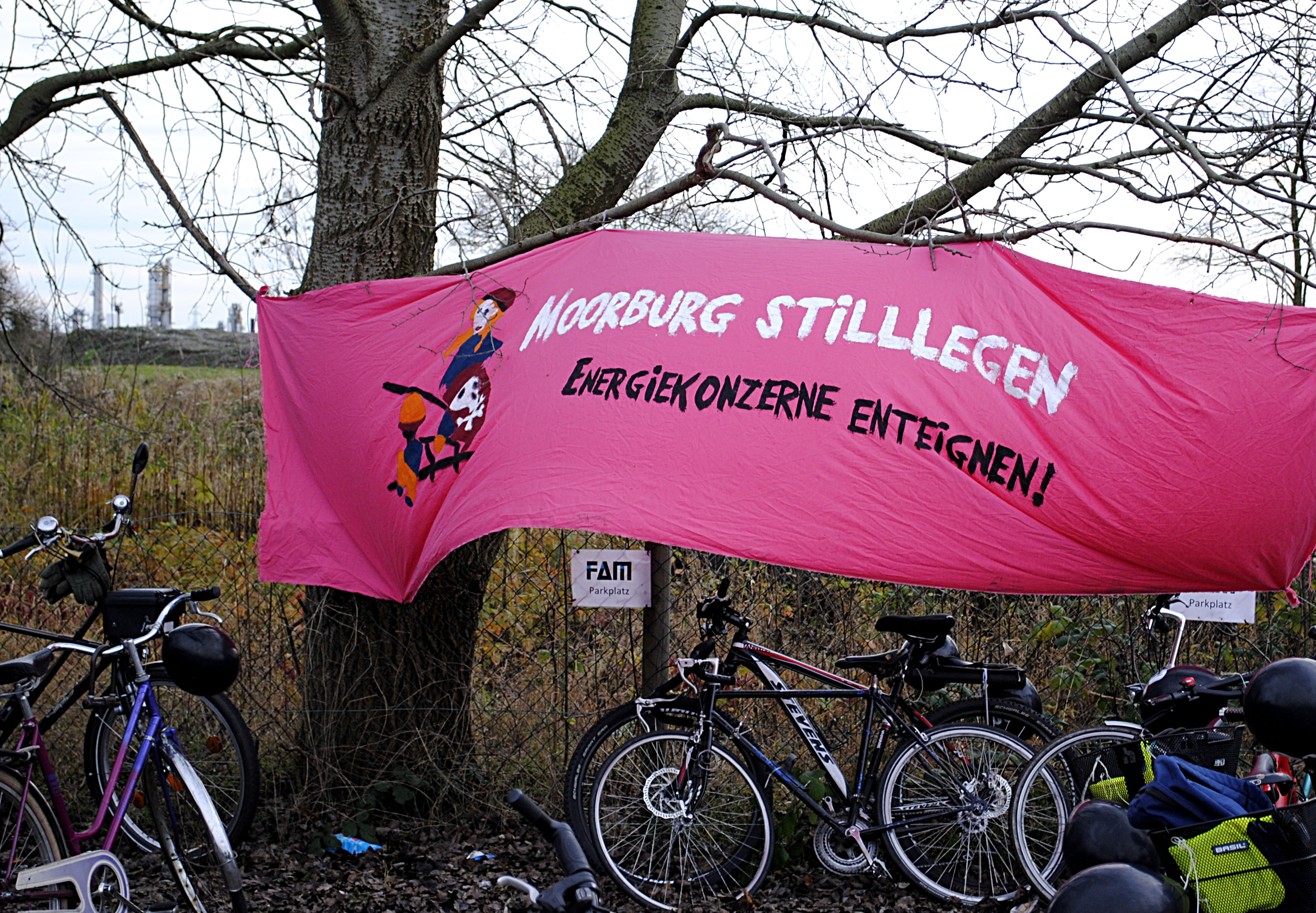 Transparent: Moorburg stilllegen - Energiekonzerne enteignen!